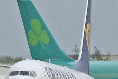 Ryanair attempts Aer Lingus Buyout